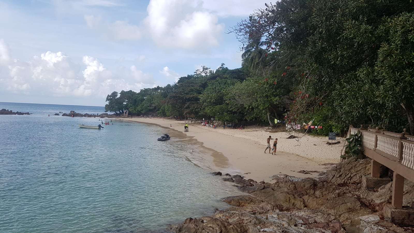 unser Privatstrand auf Pulau Kapas